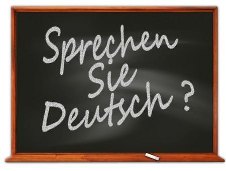Schultafel mit der Aufschrift Sprechen Sie Deutsch?