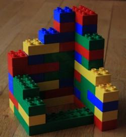 Zusammengesetzte Bausteine