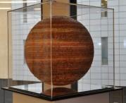 Was hat Kunst mit Alphabetisierung und Finanzieller Grundbildung zu tun? Eine Ausstellung im Haus der Bildung in Bonn gibt Antworten