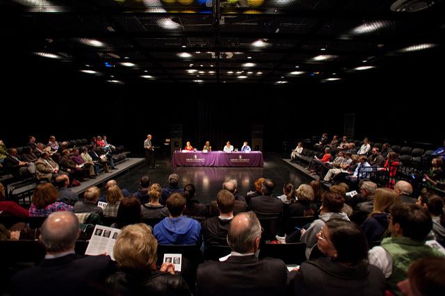 Das Bild zeigt eine Panel Discussion.