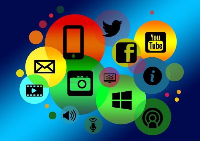 Die Logos verschiedener Online-Kanäle werden angezeigt.