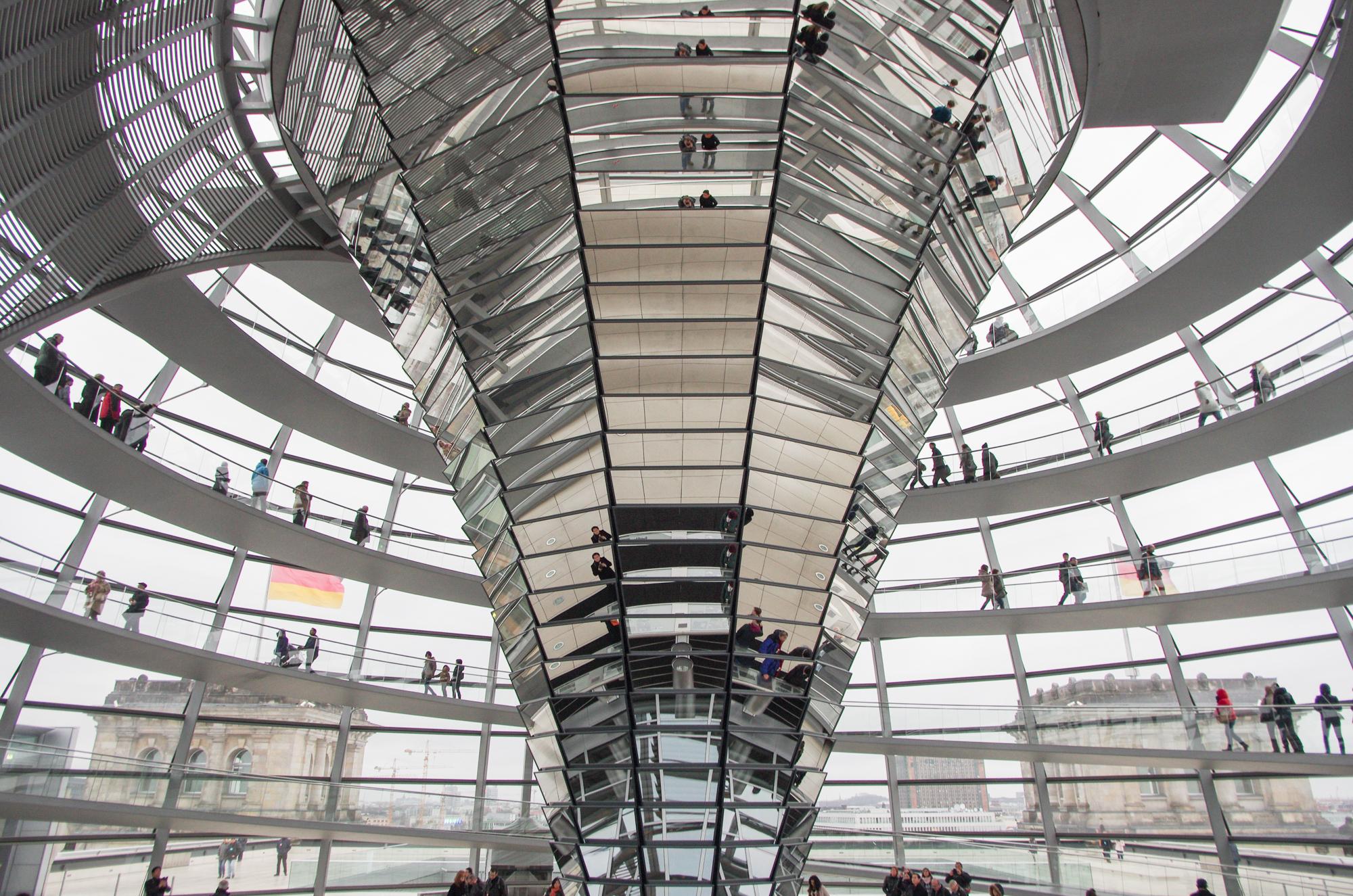 Reichstagskuppel by Lars Kilian