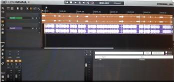 Das Bild zeigt einen Screenshot des Audiobearbeitungsprogrammes Ultraschall. Auf dem Screenshot sind zwei Stereotonspuren zu sehen.