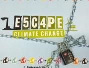 """Das Bild zeigt einen Pappkarton, der mit einer Kette und einem Zahlenschloss verschlossen ist. Auf dem Deckel steht der Spieletitel """"Escpe Climate Change""""."""